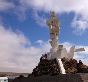 Monumento al campesion de Ln