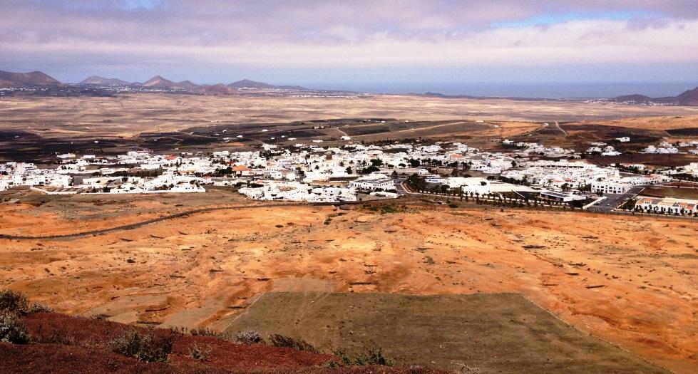 vista de teguise desde guanapay